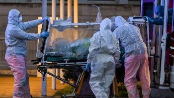 Confirmaron 75 muertes y 2.632 nuevos casos