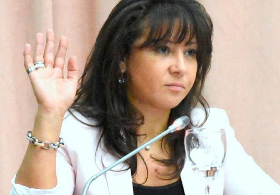 Cecilia Torres Otarola.