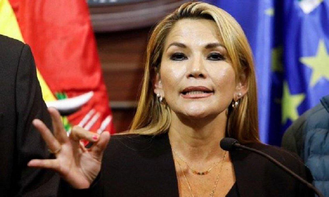 El Tribunal Supremo Electoral decidió que las elecciones sean postergadas hasta el 18 de octubre.