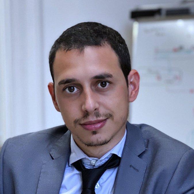 Andrés Bossio trabaja dentro del equipo de comunicación de Fernández y es actualmente elDirector de Comunicación Digital.