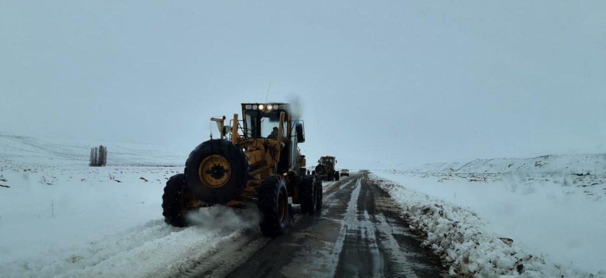 Cushamen: Vialidad Provincial trabaja en la zona afectada por el temporal