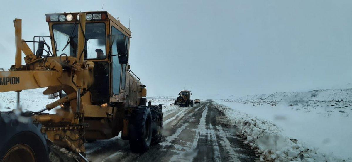 Vialidad Provincial sigue realizando importantes trabajos en Cushamen.