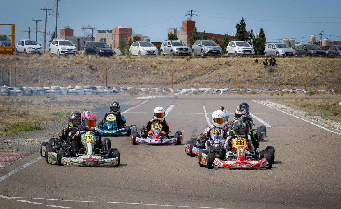 Vuelven las pruebas en elkartódromo Internacional de Comodoro Rivadavia. Foto: CristianArias.