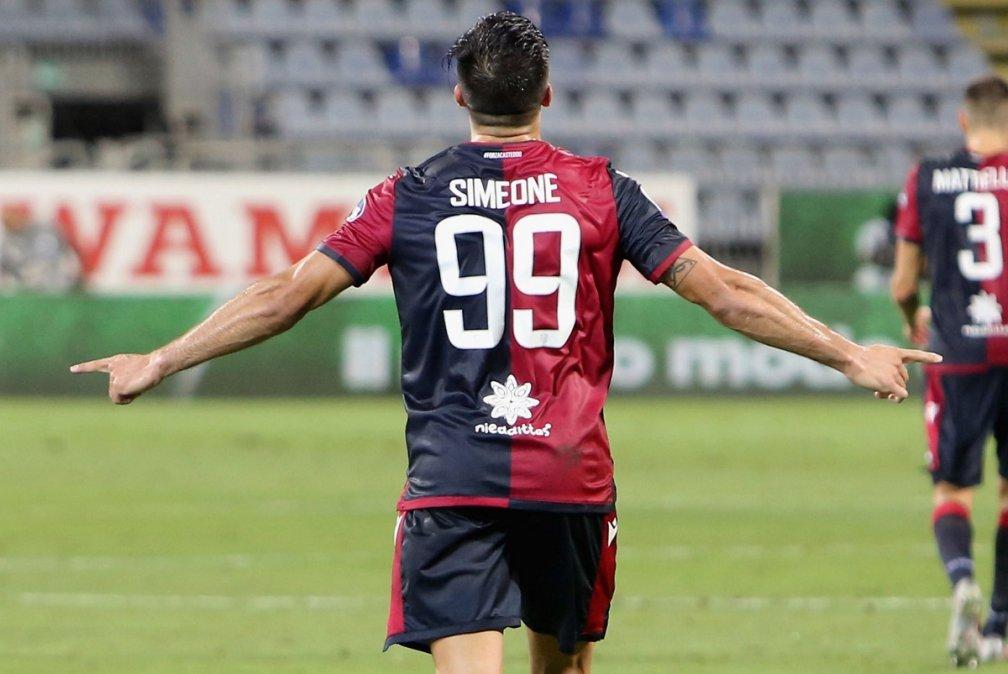 Con gol de Gio Simeone, Cagliari le ganó a Juventus