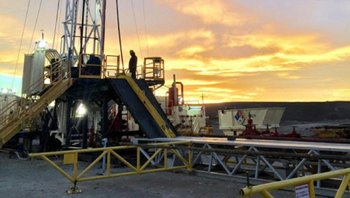 El Secretario General de Petroleros Privados anunció que este jueves subirán más equipos a los yacimientos.