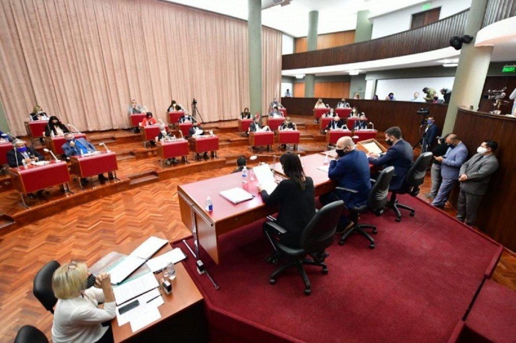 Este jueves se aprobó la Ley de Reestructuración de la Deuda.