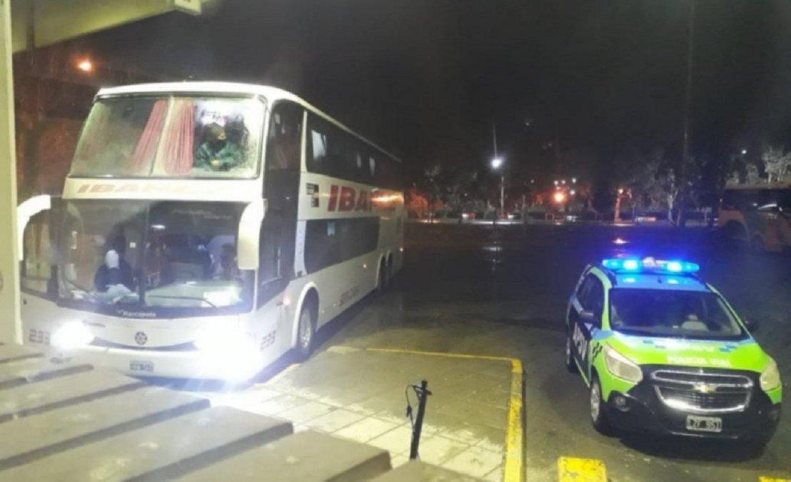 El transporte arribó durante la noche de ayer a la localidad valletana.