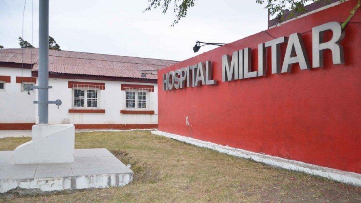 Una enfermera del Hospital Militar de Comodoro Rivadavia se contagió de COVID-19.