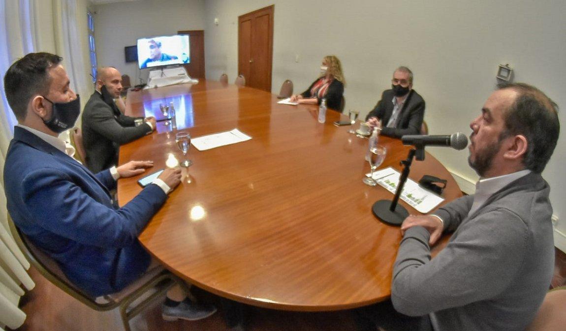 El Ministro de Salud mantuvo un encuentro con intendentes de la provincia.