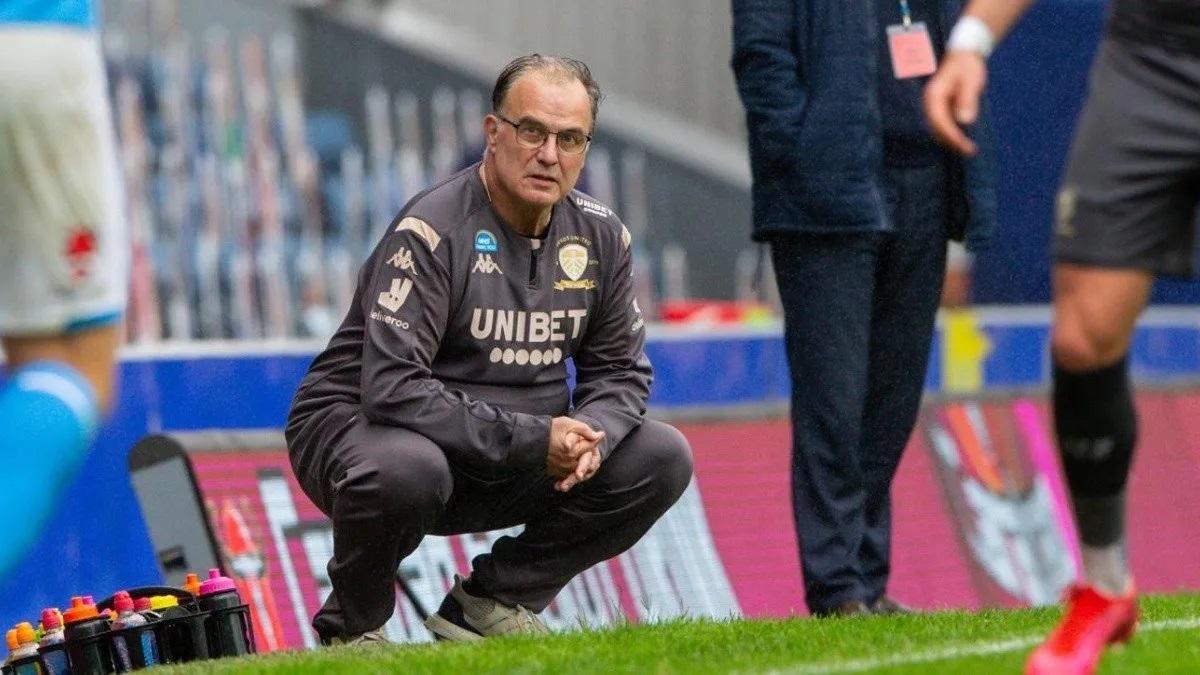Marcelo Bielsa renovó su contrato con el Leeds