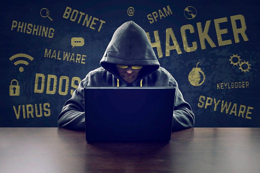 Hackers publican datos robados de Migraciones