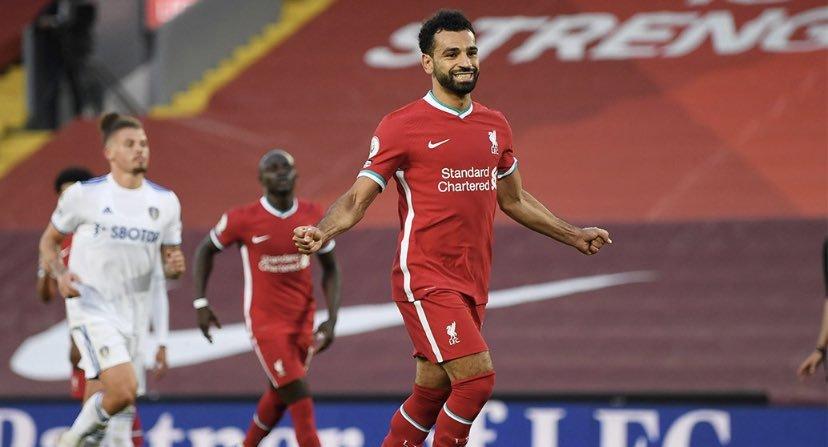 Salah convirtió tres de los cuatro goles del Liverpool.