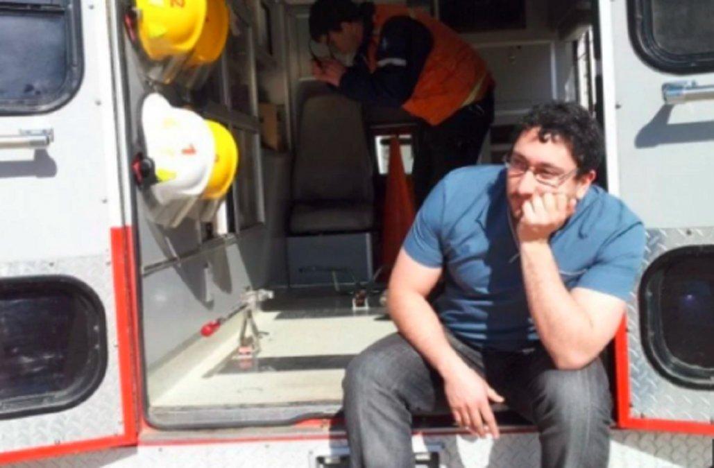 Un médico fue apedreado por familiares de un fallecido por COVID-19 y renunció.