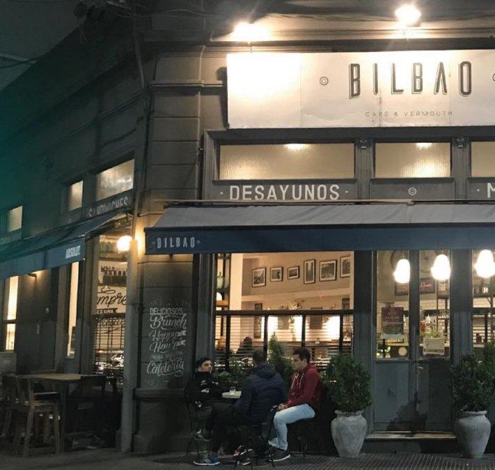 El bar Bilbao de Santa Fe no dejará entrar a políticos.