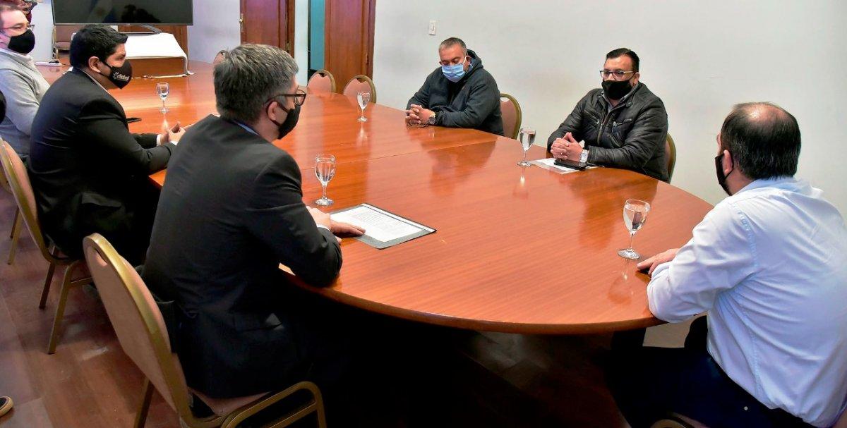 Dirigentes de UOCRA se reunieron con José María Grazzini.