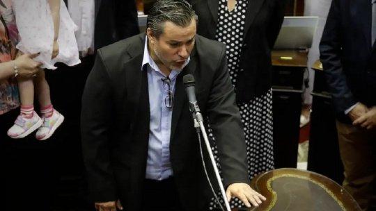 El diputado Juan Emili Ameri cuando juraba y ocupaba una banca por la provincia de Salta.