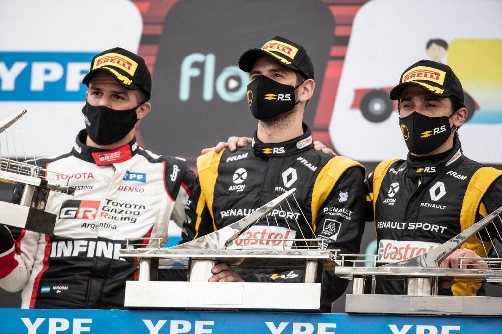 Ardusso junto a Rossi y Milla en el podio.