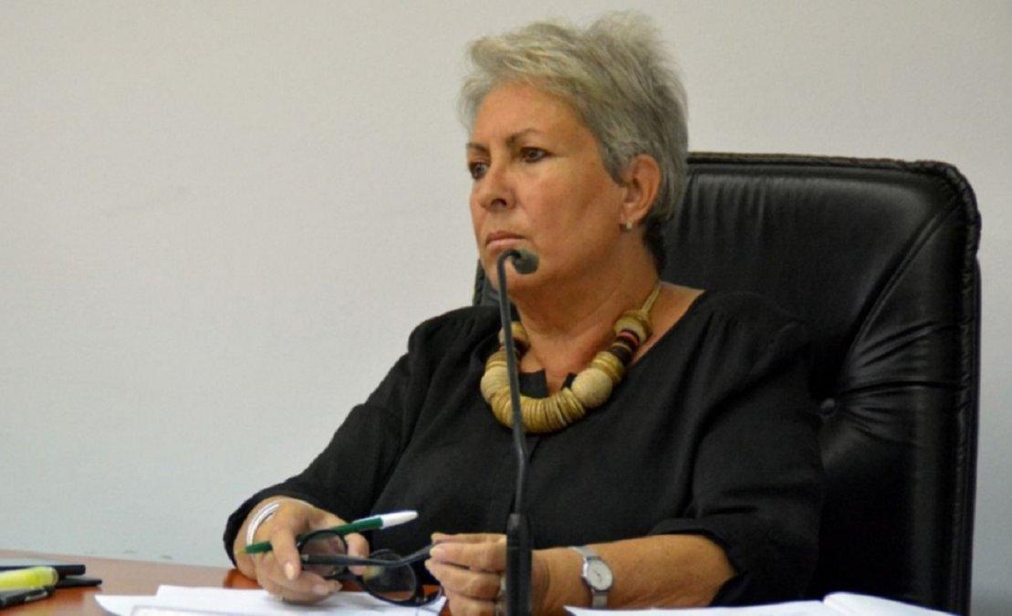 La Diputada Provincial Xenia Gabella se refirió a la crisis provincial y al pedido de juicio político para Arcioni.