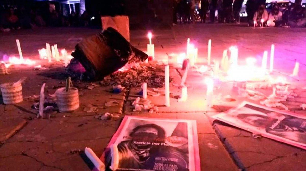 Femicidio en Santa Fe: la hallaron semidesnuda y golpeada
