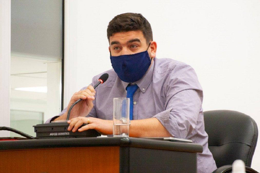 Buffa: Cada vez que Lattanzio habla dice cosas distintas de porqué se fue del bloque