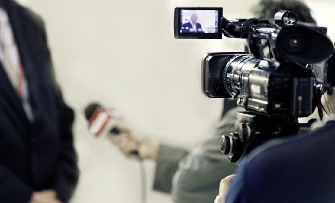 La capacitación será para los medios que reciban pauta oficial.