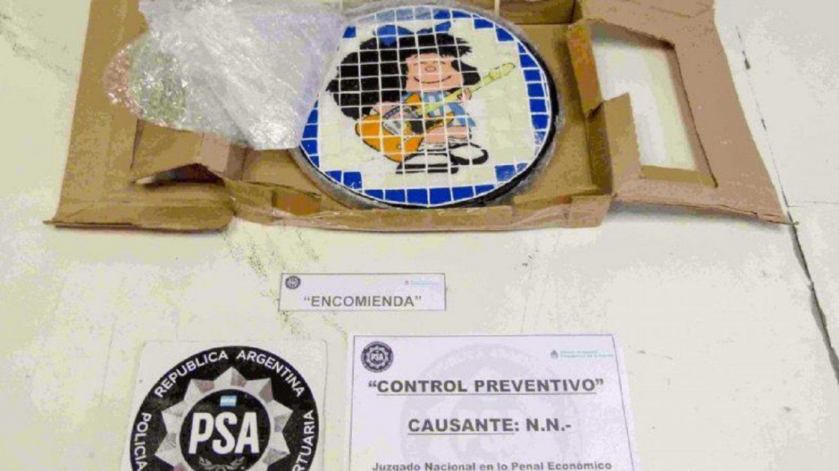 La PSA desarticuló una banda que traficaba drogas con la imagen de Mafalda