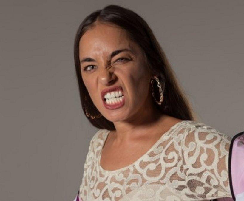 Sara Hebe lanzó un nuevo disco y videoclip. Chiri. Está hecho en base a un término que se utiiliza en Comodoro Rivadavia.