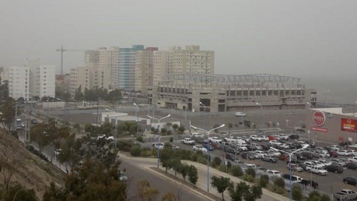 El Servicio Meteorológico emitió un alerta por vientos intensos para la zona.