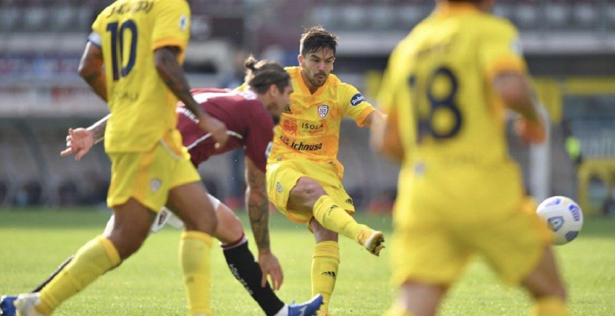 Doblete de Simeone en Cagliari y festejo de Pezzella en su partido 100 en la Fiorentina