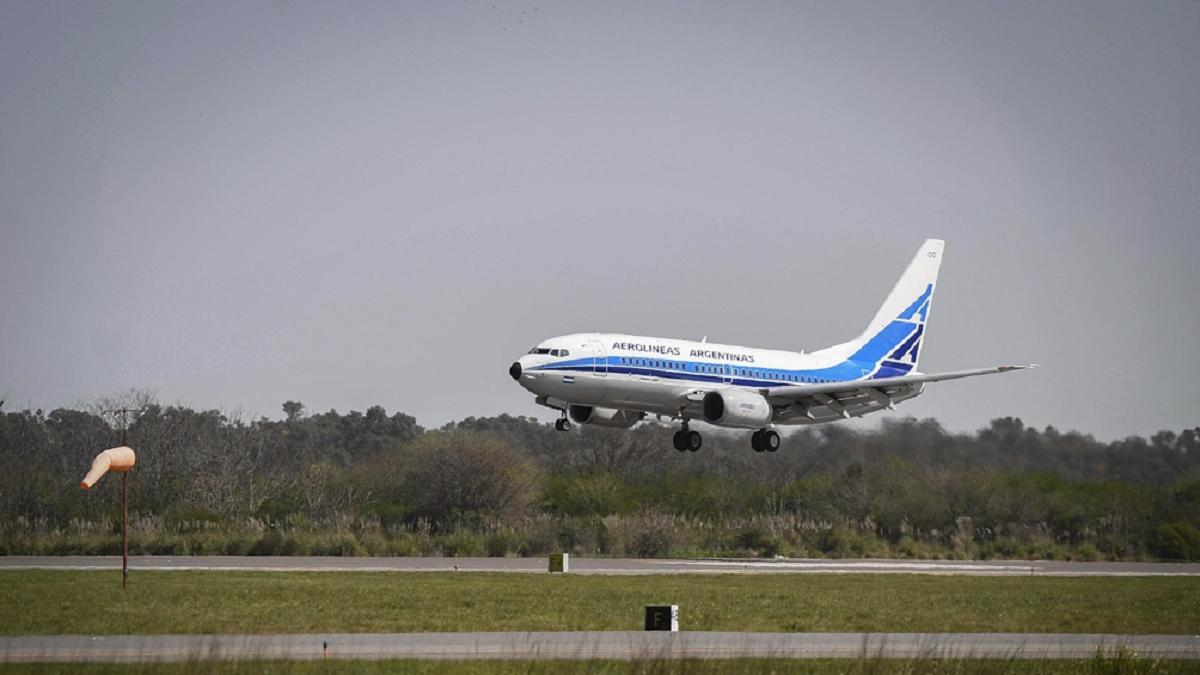 Aerolíneas Argentinas comienza los vuelos regulares el jueves 22 y para el viernes se anuncia uno hacia Comodoro Rivadavia.
