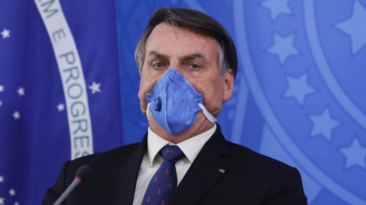 Bolsonaro dice que no comprará la vacuna china