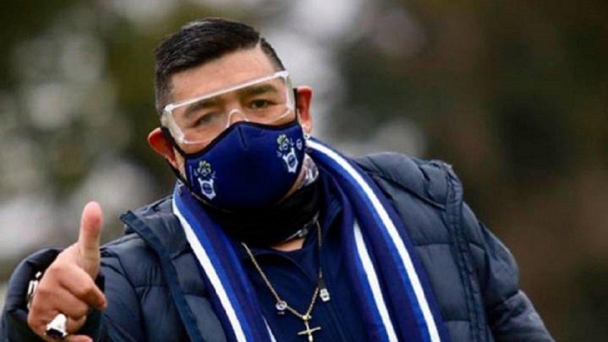 Diego Maradona fue aislado preventivamente.