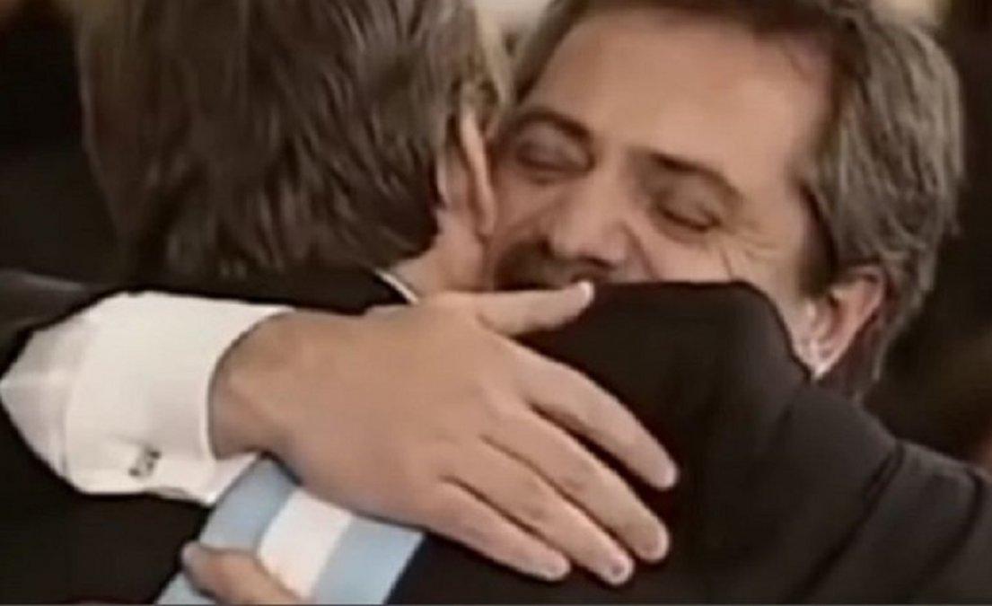 Alberto Fernández reveló qué le dijo Néstor Kirchner cuando le tomó juramento como Jefe de Gabinete.
