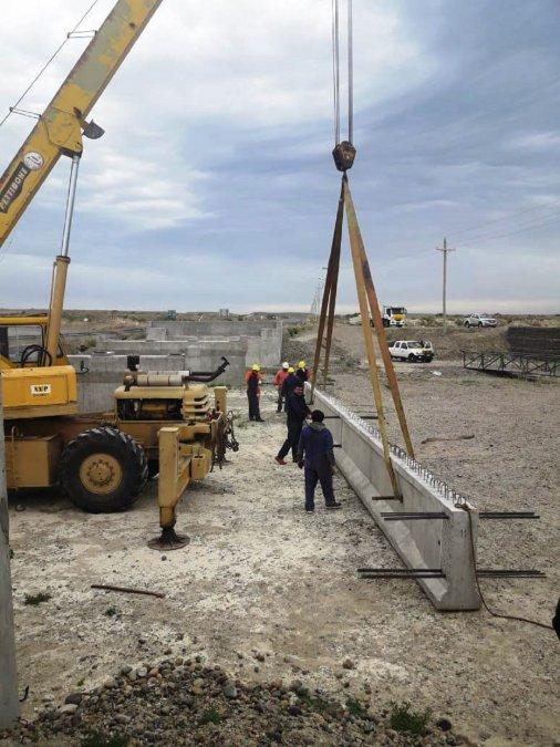 Vialidad Provincial entra en la etapa final de la construcción del nuevo Puente de Caleta Córdova en Comodoro Rivadavia.