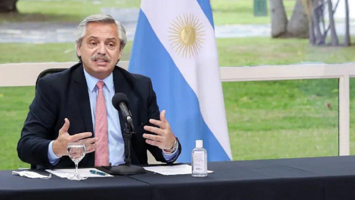 Alberto Fernández remarcó que la forma de salir del congelamiento no contempla la dolarización que provocó un fuerte desequilibrio durante la última gestión de gobierno.