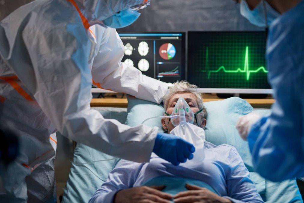 El Ministerio de Salud de la Nación confirmó este sábado 7.140 nuevos casos de coronavirus y 112 muertos en el país.