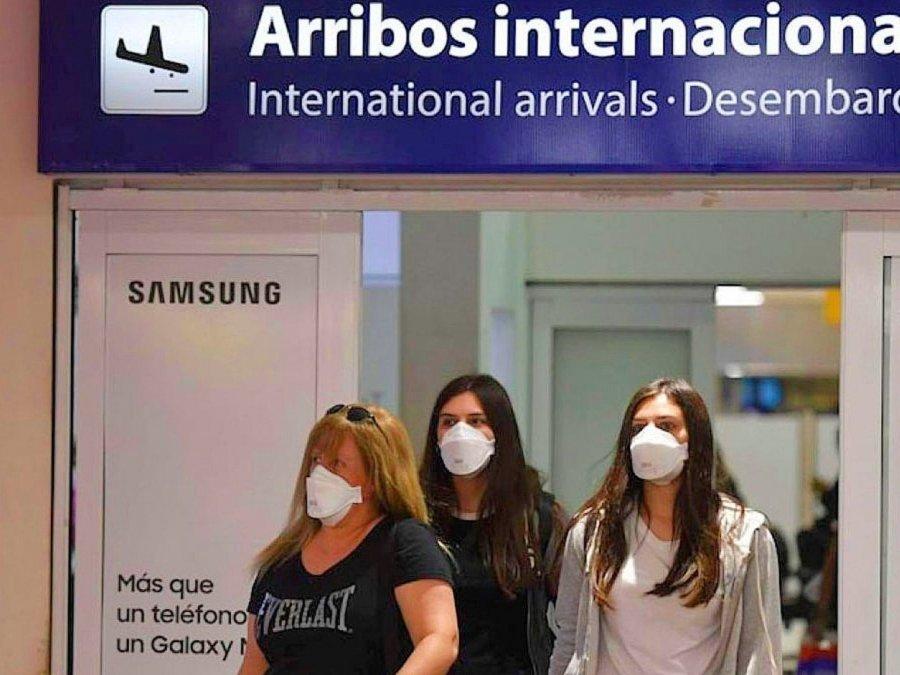 Autorizan el ingreso a extranjeros que sean familiares directos de argentinos