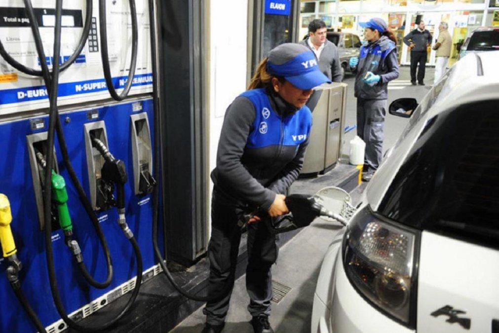 YPF aumentó el precio de sus combustibles.