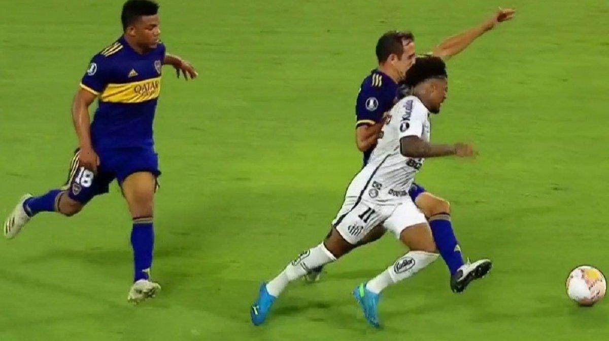 Copa Libertadores: Publicaron los audios del VAR en el partido entre Boca y Santos