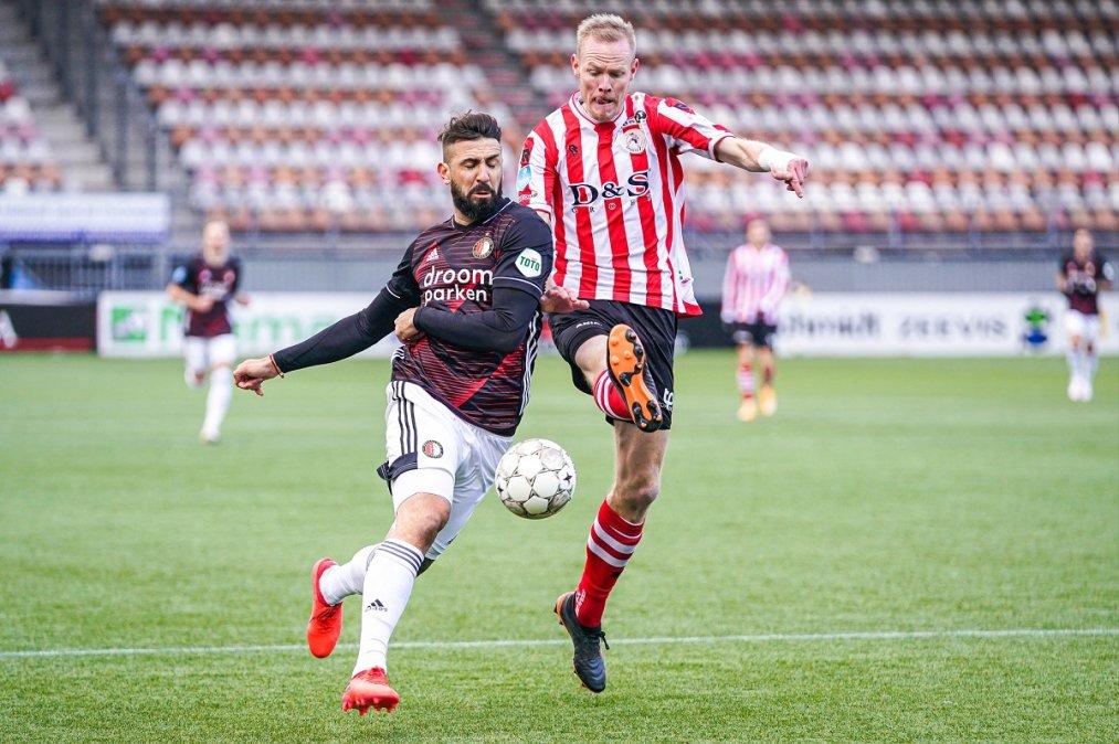 Lucas Pratto debutó en el Feyenoord