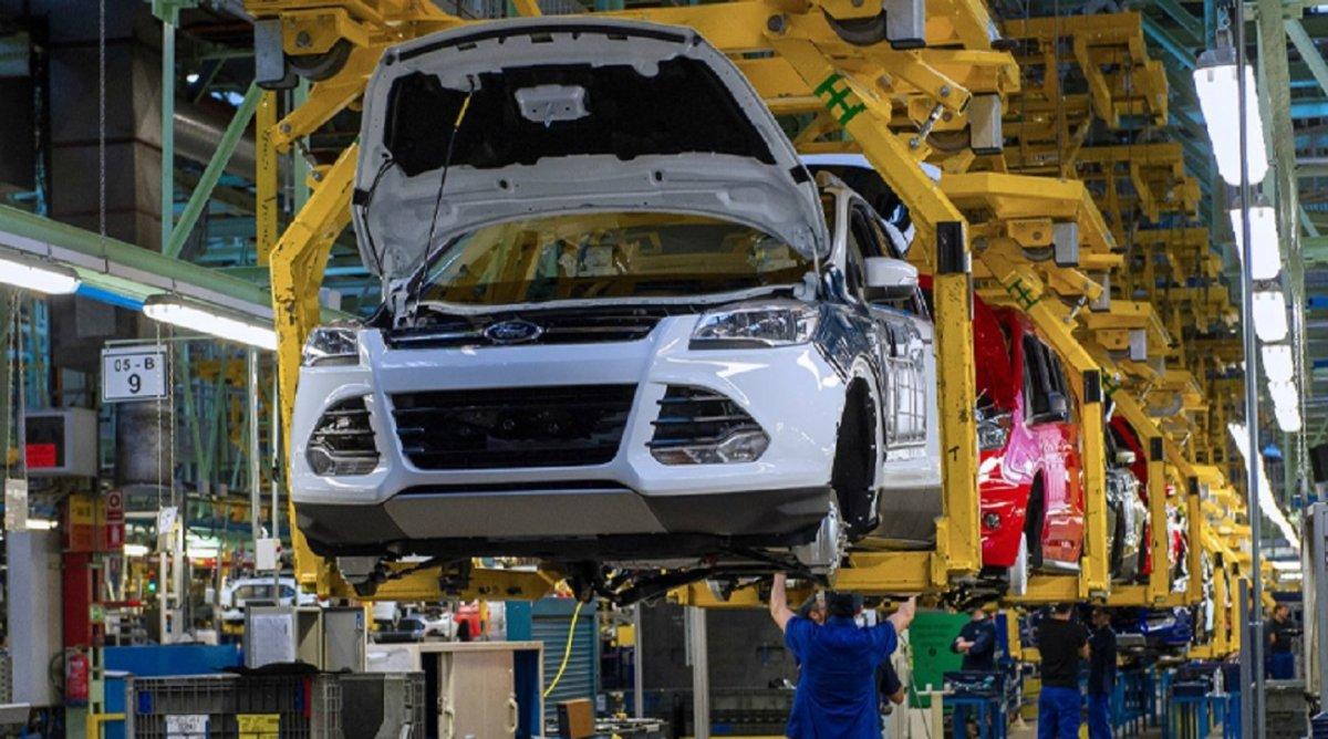 Ford cerrará fábricas en Brasil, pero continuará invirtiendo en Argentina
