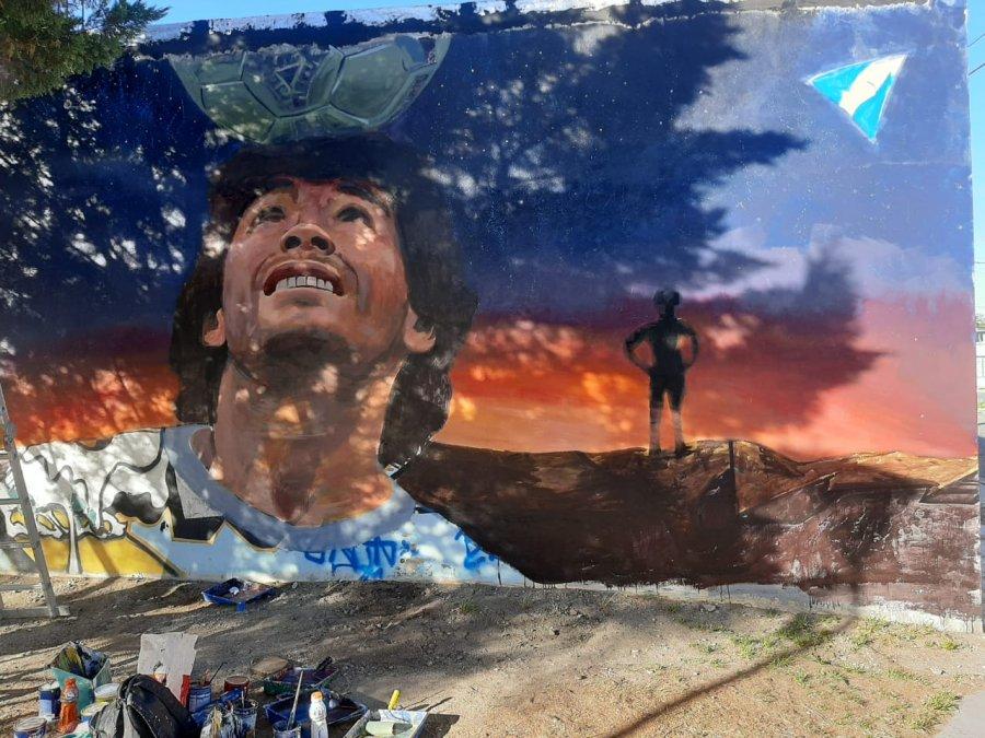 Diego Armando Maradona tendrá un nuevo mural en la ciudad.