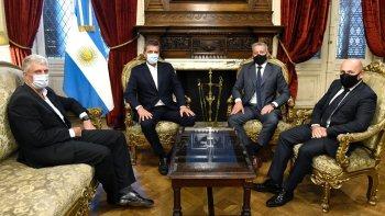 El gobernador Arcioni se reunió con Sergio Massa