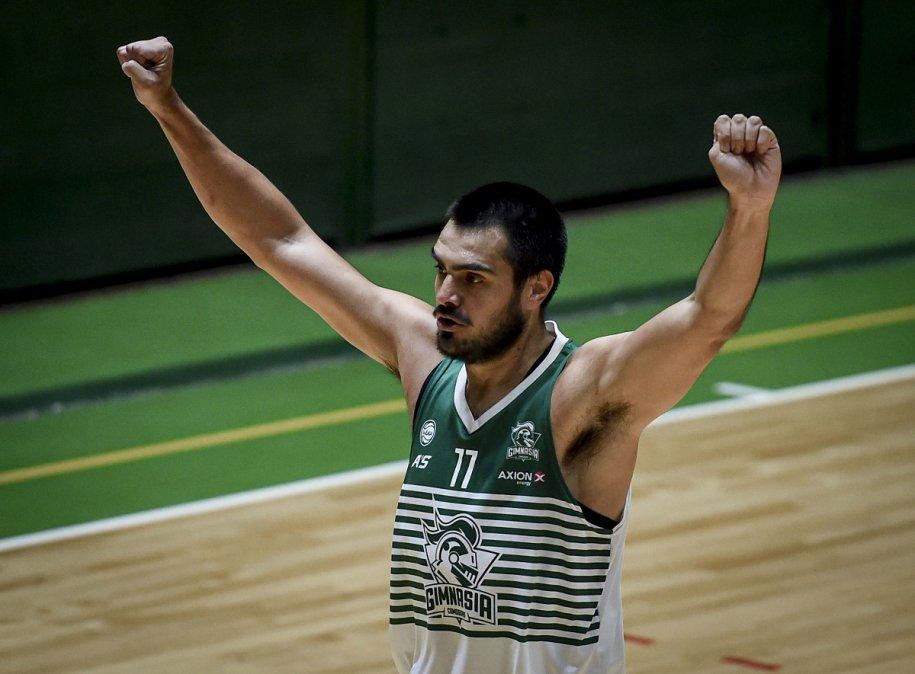 Romero es el jugador con más partidos y rebotes en la historia de Gimnasia.