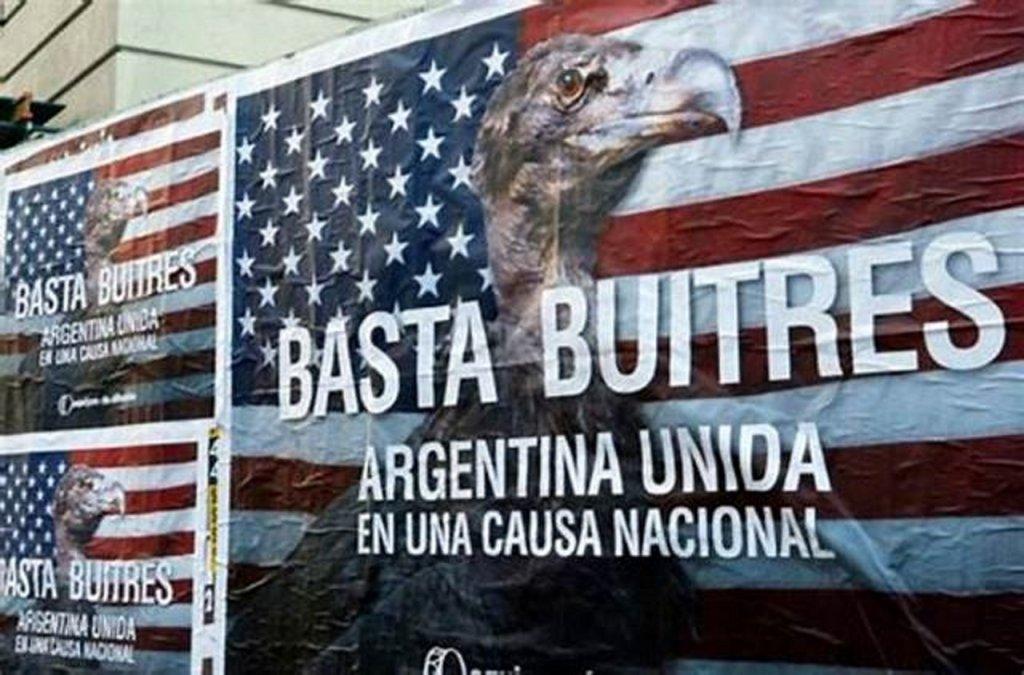Un documental revela el funcionamiento de los fondos buitre en la deuda argentina.