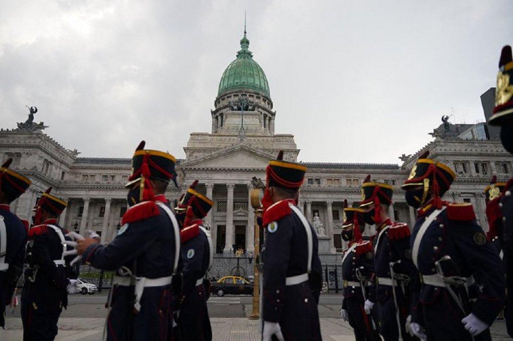 Menem es velado en el Salón Azul del Senado