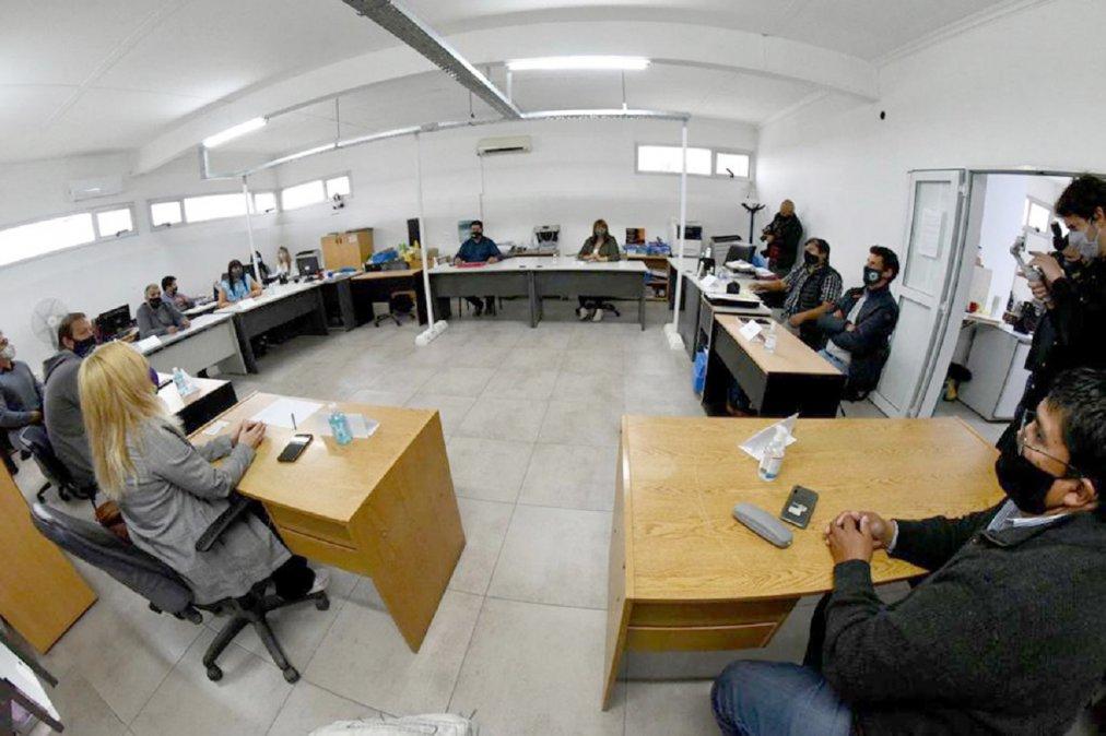 Se efectuó una reunión entre funcionarios del Gobierno Provincial y los gremios de la educación por el inicio de las clases. Foto: Daniel Feldman.