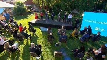 Fernández cerró la primera reunión del Consejo Económico y Social