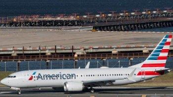 Pilotos apagaron en pleno vuelo un motor por problemas mecánicos