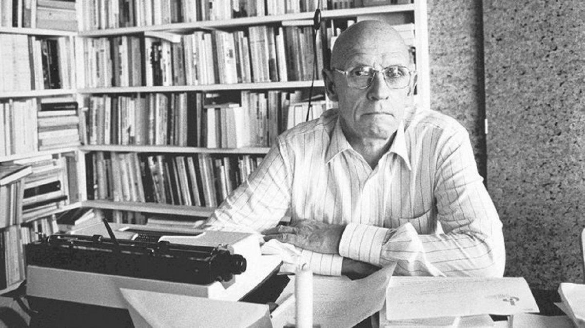 Foucault fue acusado de abusar niños en Túnez
